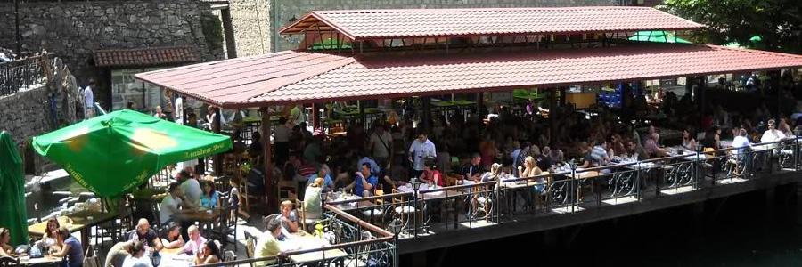 Ресторан и отель Каньон. на озере Матка